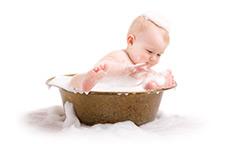 Toilette et bain pour bébé